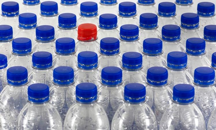bottles-4251473_1920